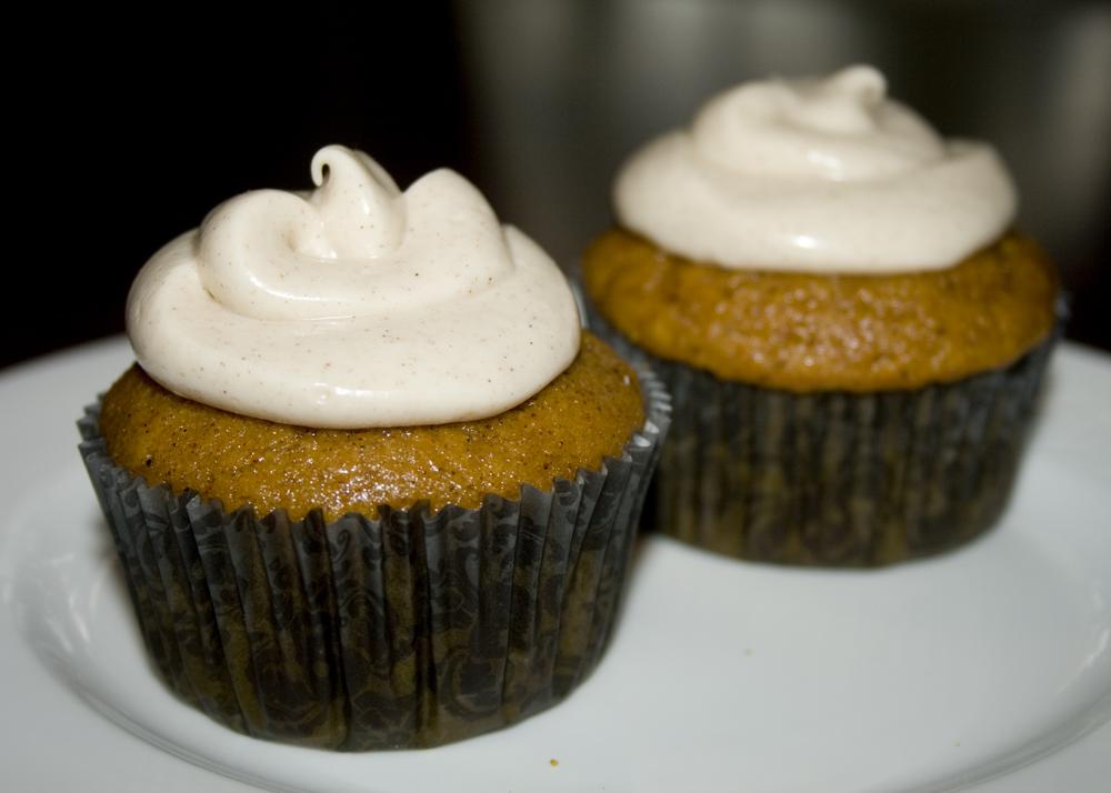 Pumpkin Spice Cupcakes – Bakerlady