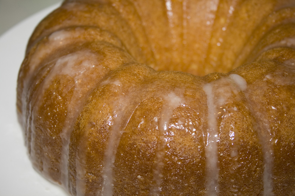 Drizzled English Lemon Pound Cake