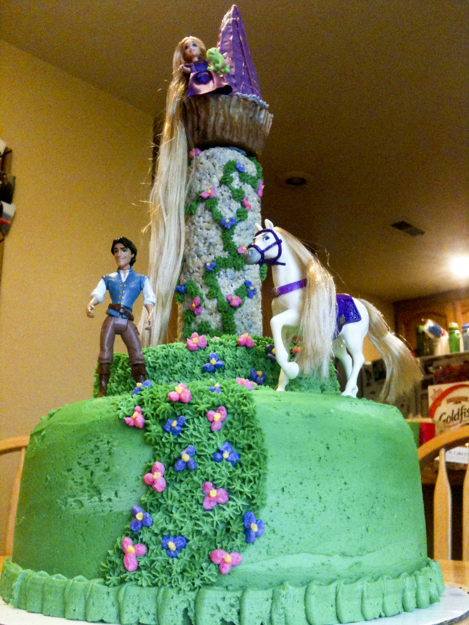 tangled wedding cake topper best buttercream bakerlady 20753