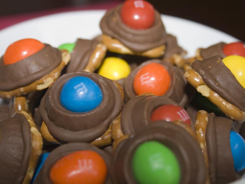 Rolo® Pretzel Bites | Bakerlady