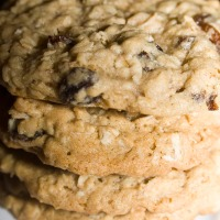 Perfect Oatmeal Raisin Cookies