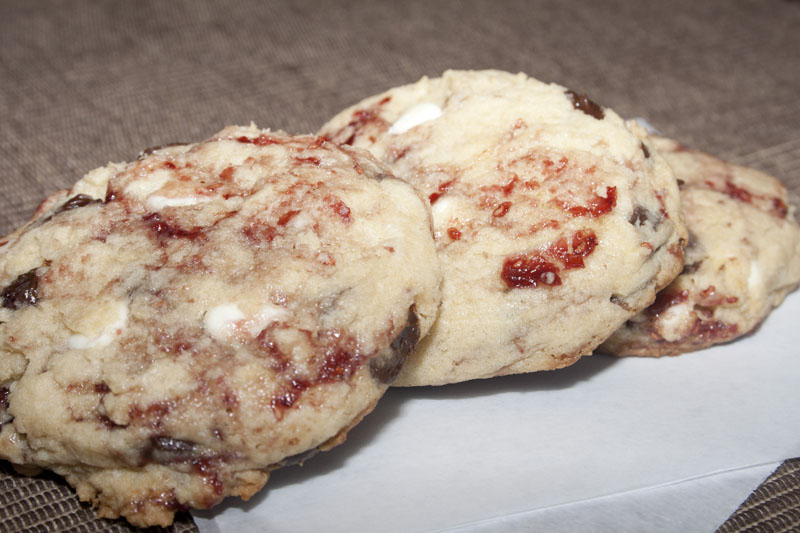 Disneyland's White Chocolate Raspberry Cookie | Bakerlady