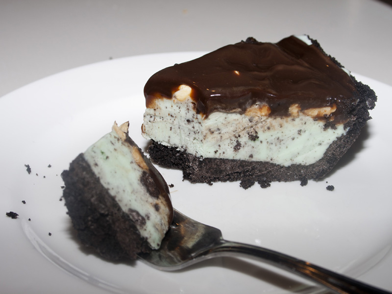 Oreo Mint Ice Cream Pie | Bakerlady