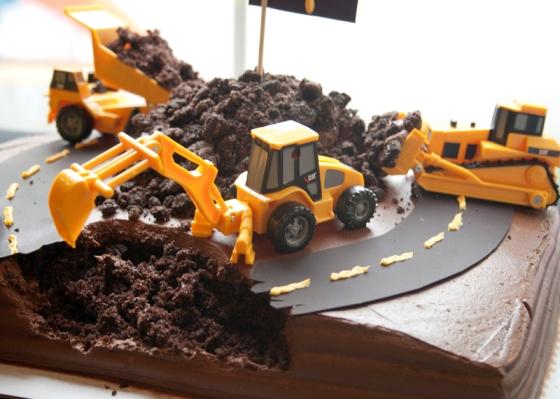 Construction Cake01