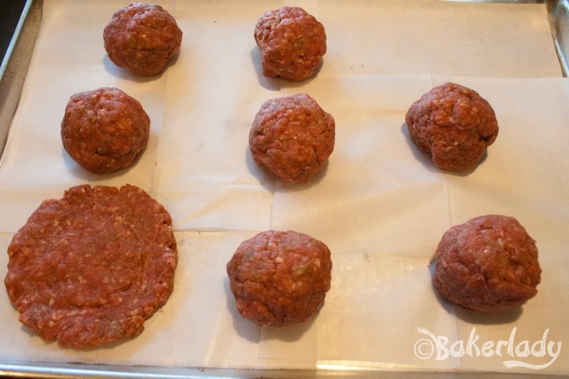 Perfectly Juicy Hamburgers - Bakerlady