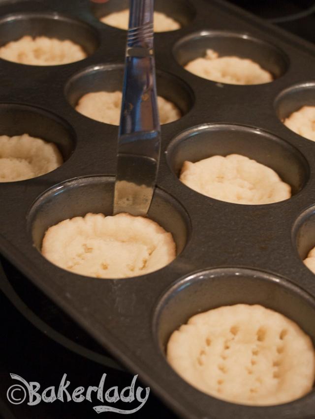 Fruity Lemon Cheesecake Cookie Cups - Bakerlady
