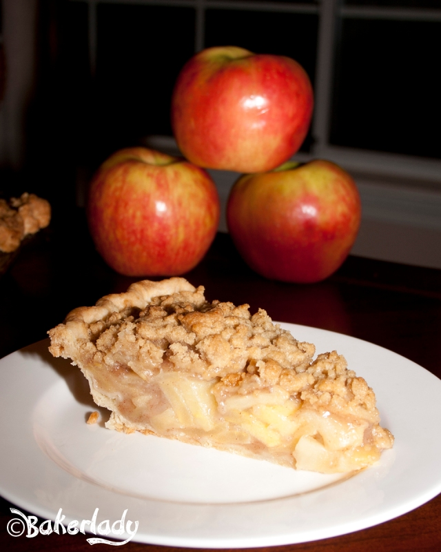 Honeycrisp Dutch Apple Pie - Bakerlady